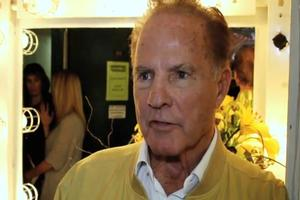 STAGE TUBE: Frank Gifford Visits LOMBARDI