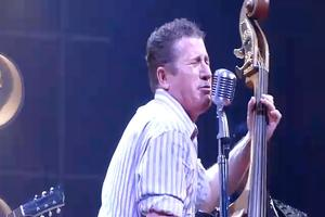 STAGE TUBE: Lee Rocker Jams with MILLION DOLLAR QUARTET