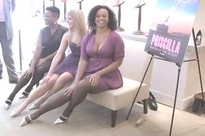 BWW TV: Divas Show off PRISCILLA Manolo Blahnik Stiletto