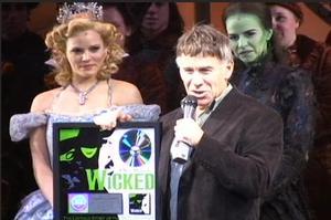 BWW TV: WICKED Cast Album Goes Double Platinum