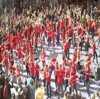 STAGE TUBE: GODSPELL Flash Mob in Times Square