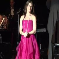 STAGE TUBE: Idina Menzel Sings WICKED, WILD PARTY, and More at Greek!