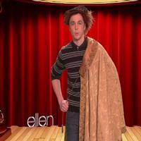 STAGE TUBE: Ellen Helps Jim Parsons Prep for HARVEY!