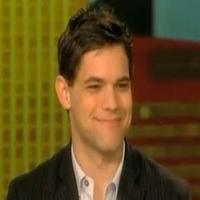 STAGE TUBE: NEWSIES' Jeremy Jordan Visits THE VIEW!