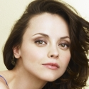 Christina Ricci Joins Cast of Classic Stage Company's A MIDSUMMER NIGHT'S DREAM Opposite Bebe Neuwirth