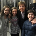 Photo EXCLUSIVE: Sir Paul McCartney Visits MARY POPPINS