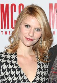 Claire-Danes-Honored-by-Hasty-Pudding-Theatricals-20010101