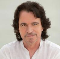 Yanni-Announces-Summer-North-American-Dates-20010101