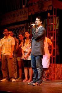 Photo-Flash-Lin-Manuel-Miranda-Leads-IN-THE-HEIGHTS-Manila-Curtain-Call-20010101