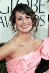 Twitter-Watch-Lea-Michele--20110818