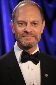 David-Hyde-Pierce-to-Lead-THE-LANDING-at-Vineyard-Theatre-20010101