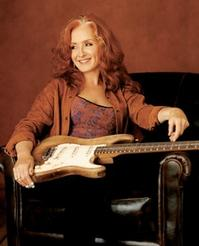 Bonnie-Raitt-Plays-Marcus-Center-for-the-Performing-Arts-822-20010101