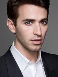 Anthony Roth Costanzo To Sing In Met's The Enchanted Island Tonight
