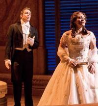 Husband-and-Wife-Stephen-Costello-and-Ailyn-Prez-Headline-LA-Operas-LA-BOHEME-20010101