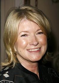 Martha-Stewart-Tony-Hale-to-Guest-Star-on-20010101