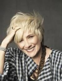 Twitter-Watch-Betty-Buckley--20120202
