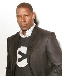 Dennis-Haysbert-Among-Black-Celebrities-to-Unite-20010101