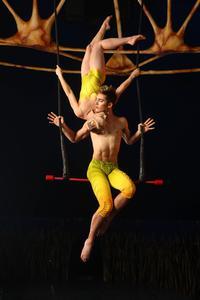 BWW-Reviews-CIRQUE-DU-SOLEIL-TOTEM-Creates-a-Magical-Cultural-Experience-Now-Through-Dec-18-20010101