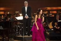 Idina-Menzel-Live-Barefoot-at-the-Symphony-to-Premiere-on-Chicagos-PBS-January-9-March-3-Nationwide-20010101