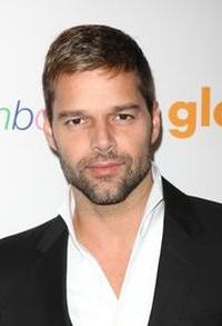 Ricky-Martin-to-Present-20010101