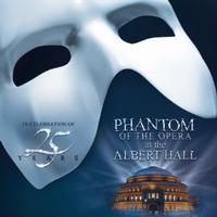 El-Fantasma-de-la-pera-cumple-25-aos-en-Londres-20010101