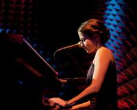 Shaina-Taub-Performs-at-Rockwood-Music-Hall-Beginning-35-20010101