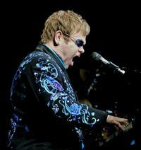 Elton-John-Readies-for-Gnomeo-and-Juliet-Sequel-20010101