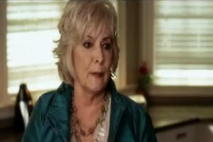 STAGE TUBE: Sneak Peak at Betty Buckley on PRETTY LITTLE LIARS