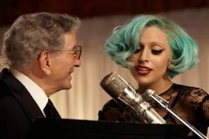 STAGE TUBE: Lady Gaga Sings BABES IN ARMS with Tony Bennett!