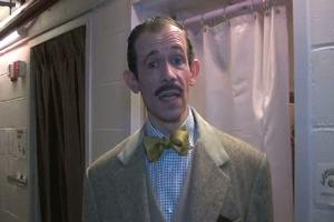 BWW TV: All Aboard Backstage at ANYTHING GOES - Adam Godley Shows You How the Company Preps for Curtain!