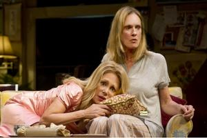 BWW TV: RELATIVELY SPEAKING Performance Highlights - Opens Tonight, 10/20!