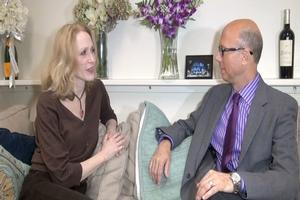 BWW TV EXCLUSIVE: BACKSTAGE WITH RICHARD RIDGE: The Girl Upstairs - Jan Maxwell on FOLLIES, Life & Family