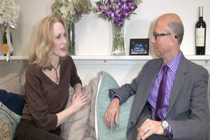 BWW TV EXCLUSIVE: BACKSTAGE WITH RICHARD RIDGE: The Girl Upstairs - Jan Maxwell on FOLLIES, Life & Family