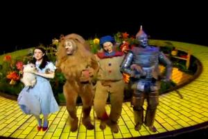 BWW TV: New Footage from THE WIZARD OF OZ Starring Michael Crawford and Danielle Hope