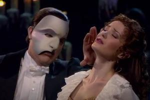 STAGE TUBE: PHANTOM 25 DVD Sneak Peek- Ramin Karimloo Sings 'Music of the Night'