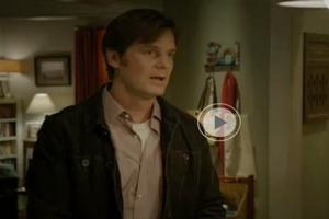 STAGE TUBE: Sneak Peek - Adam Fesses Up to a Kiss on NBC's PARENTHOOD