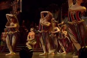 STAGE TUBE: PHANTOM 25 DVD Sneak Peek- Opera Populaire Performs HANNIBAL