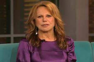 STAGE TUBE: Marlo Thomas Talks RELATIVELY SPEAKING on THE VIEW