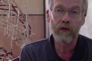 STAGE TUBE: Inside WAR HORSE's Handspring Puppet Company
