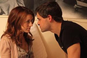 BWW TV EXCLUSIVE: Jeremy Jordan Guest Stars on SUBMISSIONS ONLY Season 2, Episode 4