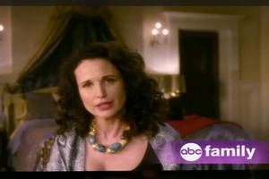 STAGE TUBE: Sneak Peek - ABC Family's JANE BY DESIGN, Premiering 1/3