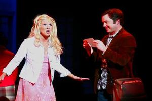 STAGE TUBE: Bailey Hanks Returns to LEGALLY BLONDE AT DTC