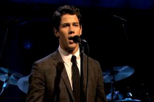 STAGE TUBE: Nick Jonas Performs 'I Believe in You' on LATE NIGHT!
