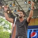 Photo Flash: Country Music Star Luke Bryan Performs on GMA