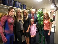 PHOTO-FLASH-Donald-Trump-and-Family-Visit-SPIDERMAN-TURN-OFF-THE-DARK-20000101