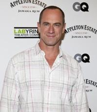Christopher Meloni Joins Cast of THEY CAME TOGETHER