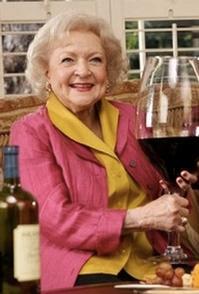 Betty-White-to-Receive-PromaxBDA-Lifetime-Achievement-Award-20010101