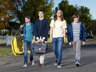 Photo-Coverage-First-Look-Cast-of-MTVs-THE-BETWEENERS-20000101