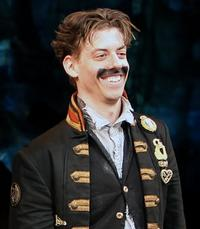 Tony Award Winner Christian Borle Departs PETER AND THE STARCATCHER Tonight