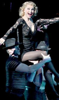 BWW-Reviews-Brinkley-Headlines-CHICAGO-Tour-in-LA-Return-20010101